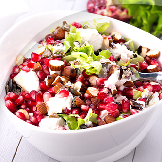Salat mit risopiù granatapfel und walnüsse